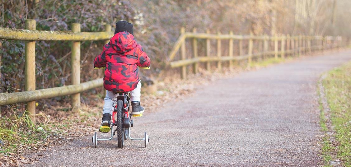 Otroško kolo in pomožna kolesa: 5 slabosti