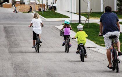 Otrok in učenje kolesarjenja